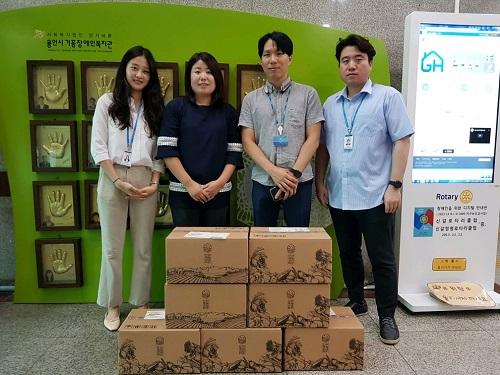 삼성SDI, 삼성웰스토리, 삼성에스원 명절선물 전달기념 단체사진
